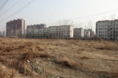 8-Apartment-Complex-Across-a-Utility-Easement
