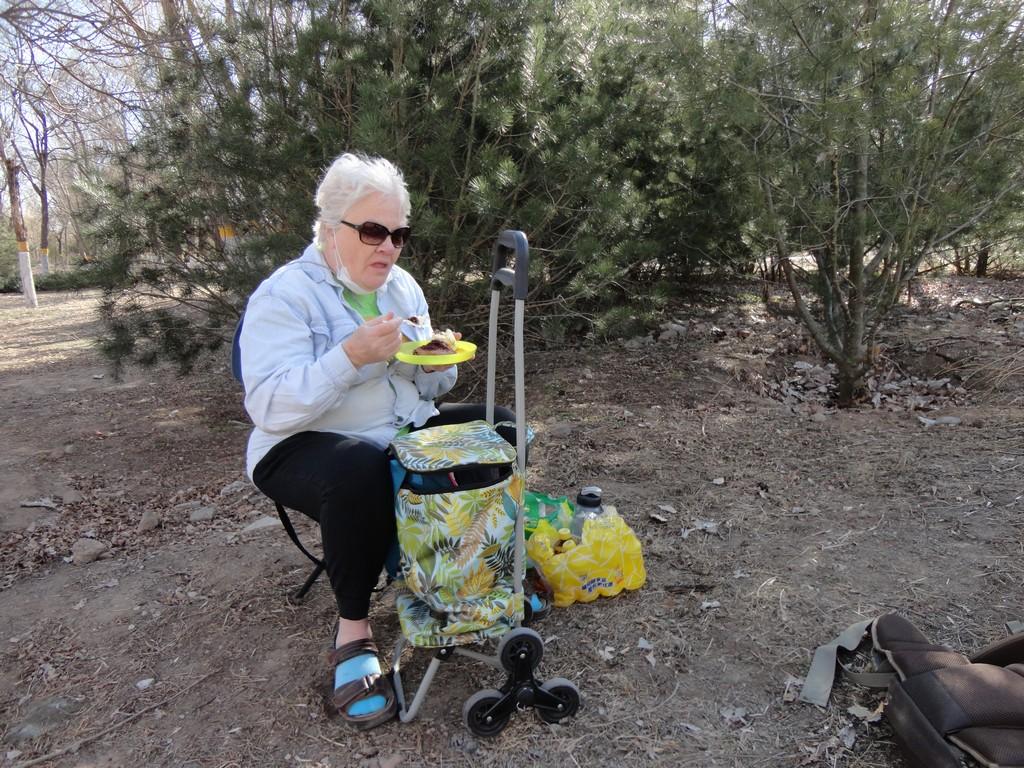 a6-Grandma